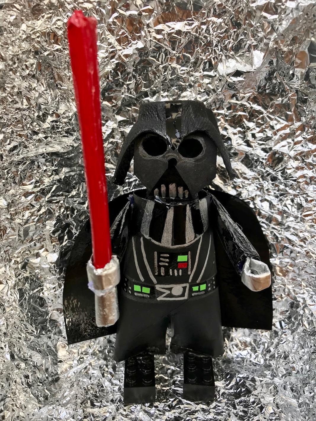 DIY Darth Vader von Star Wars selber basteln, Upcycling