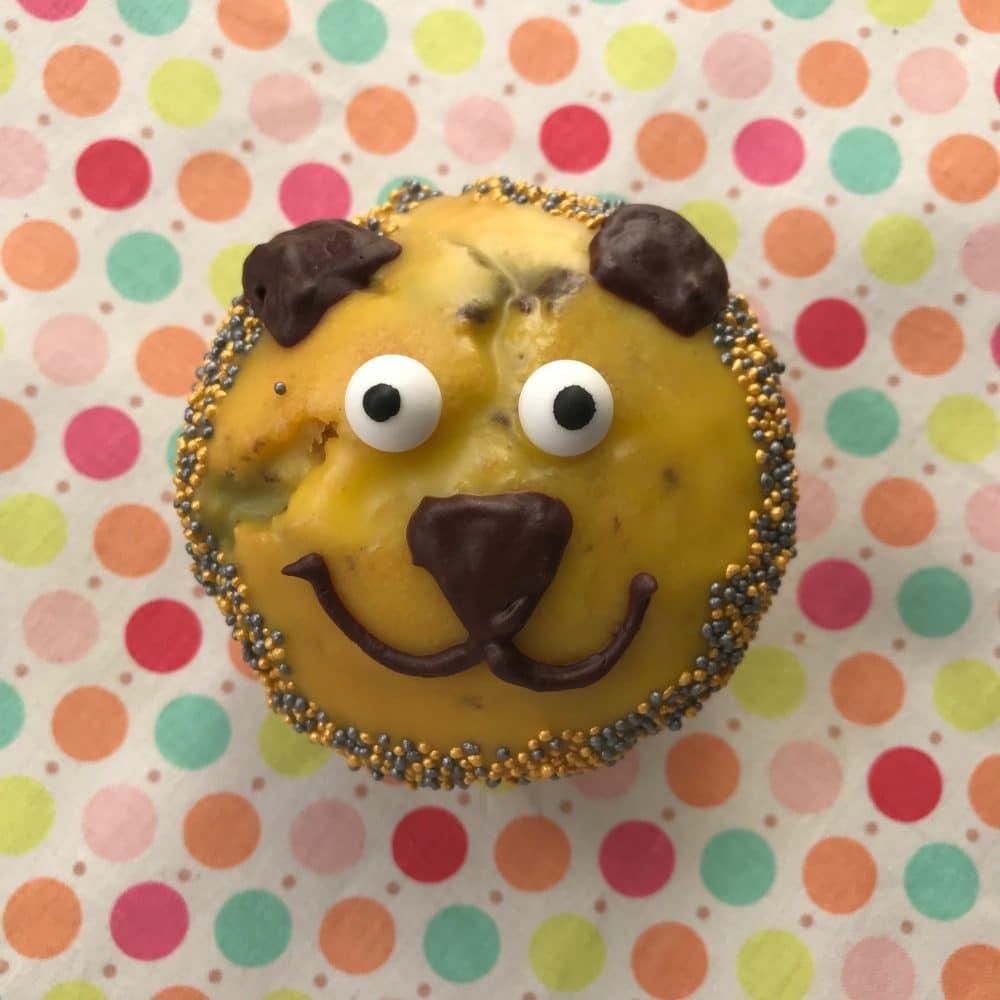 Lustige Muffins mit Schokostücken, Muffins Kindergeburtstag