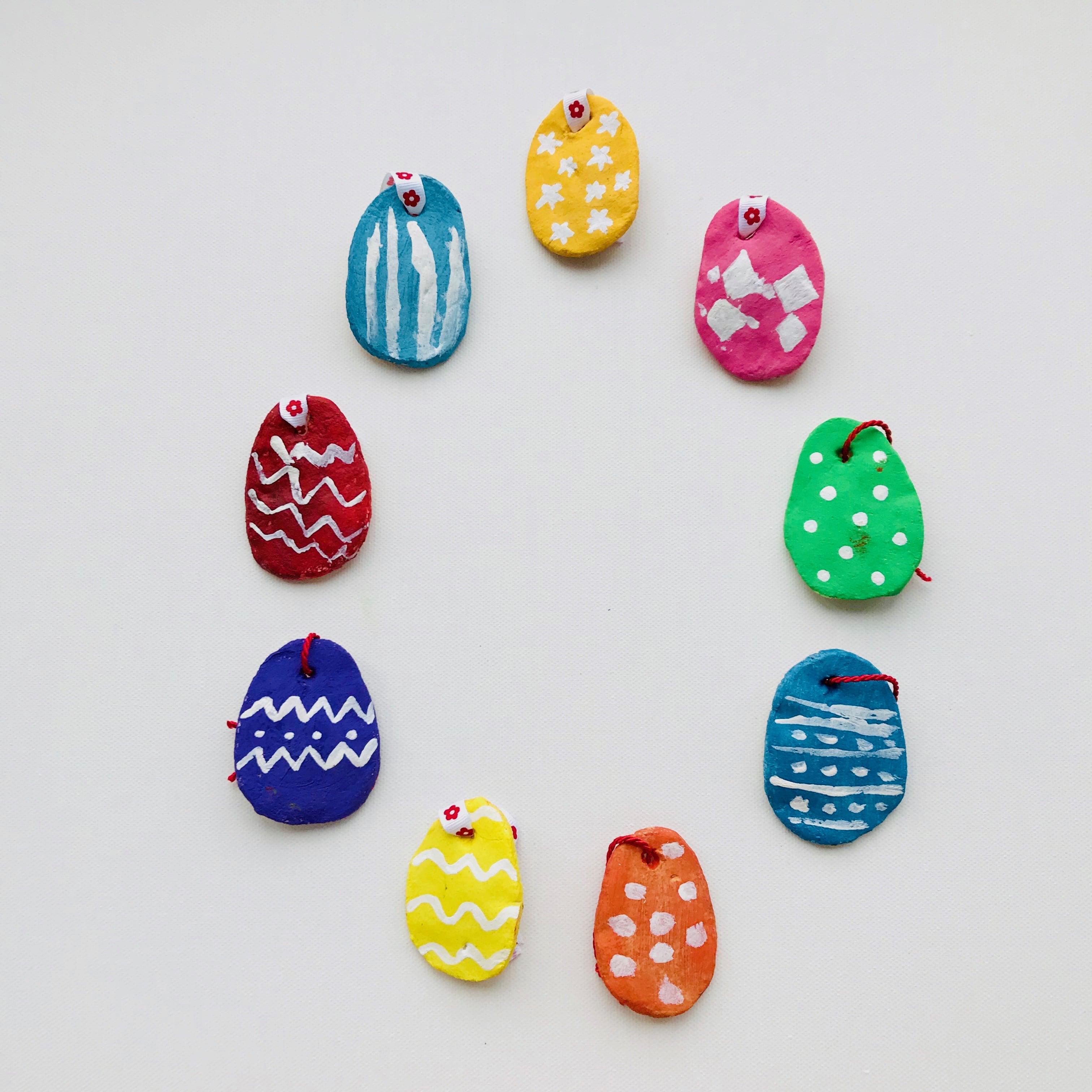 Ostereier aus Salzteig - perfekte Bastel Idee für Kinder zu Ostern