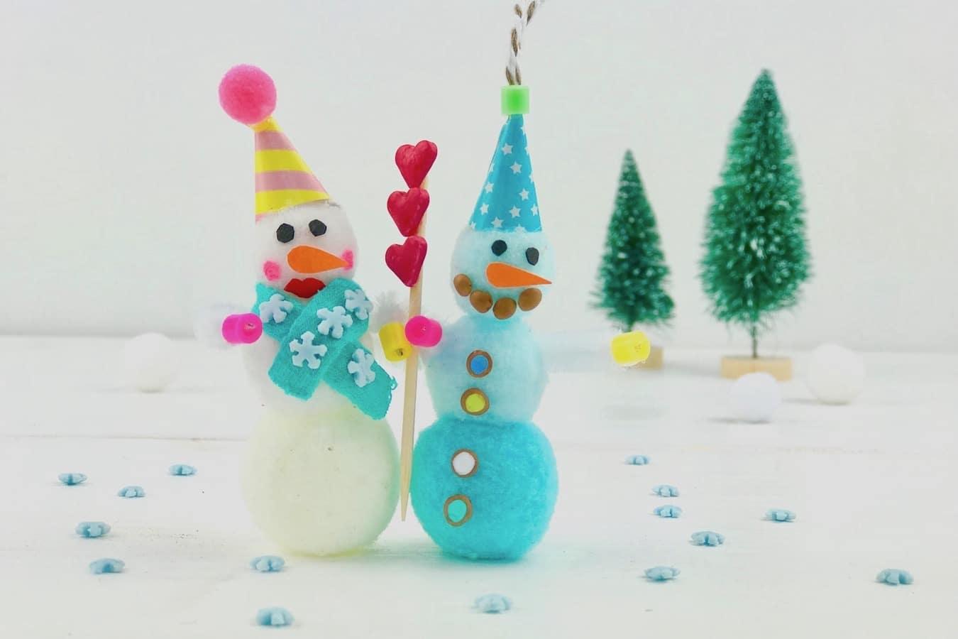 DIY Weihnachtsschmuck, Pompom, Weihnachtsanhänger, basteln