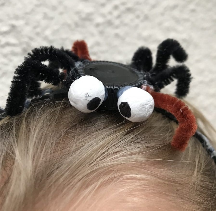 Spinnen-Haarreif fuer Hexenkostuem selber machen