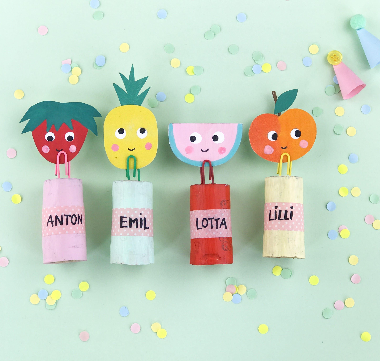 Nachhaltige Mitgebsel, Tutti Frutti Party, Tischkarten aus Korken, selber machen, Upcycling Kinder